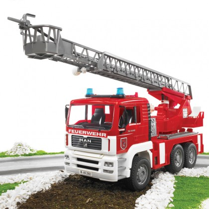 Bruder MAN TGA Fire engine with water pump w.Light & Sound Module